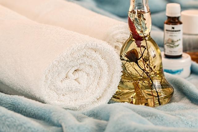 この秋、オイルケア入浴で「痩せやすい身体」を目指しましょう!
